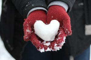 Sådan skal du pleje din psoriasis om vinteren